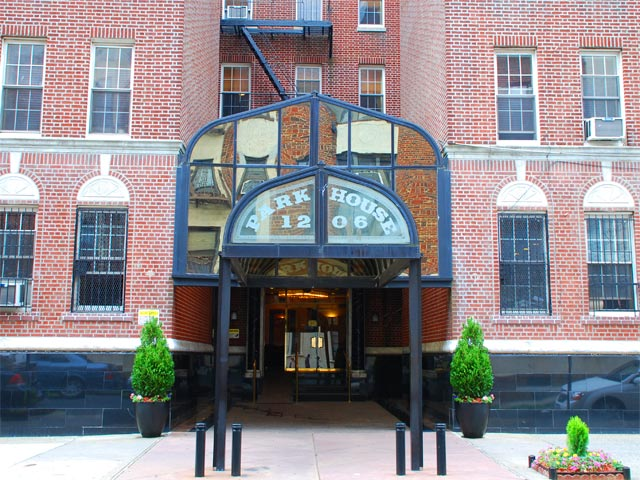 Park House Hotel in Brooklyn, NY